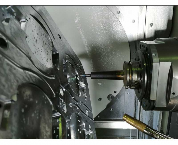 5 axes continuous machining center for Mold & Dies